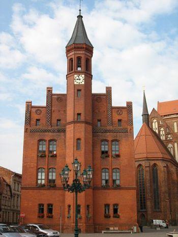 450px-Perleberger_Rathaus_1