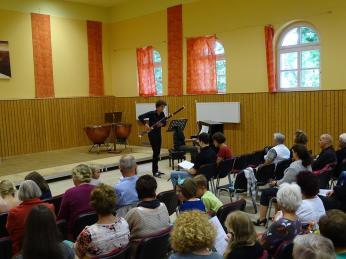 Ruben Petrick am Fagott vor großem Publikum