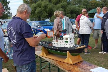 Ausstellung und Vorführung von Schiffsmodellen durch Tangermünder Schiffsmodellbauer